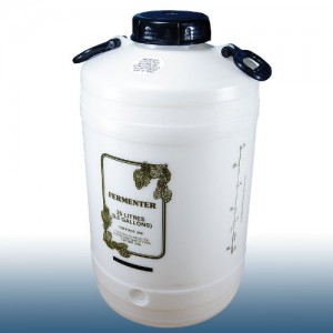Home brew equipment fermenter